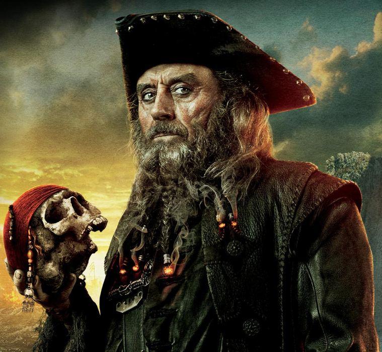 """Il terribile pirata Barbanera come viene rappresentato nella saga de """"I pirati dei Caraibi"""""""