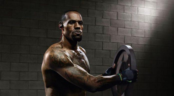 LeBron James durante i suoi allenamenti