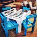 Un tavolino ricavato dal bancale