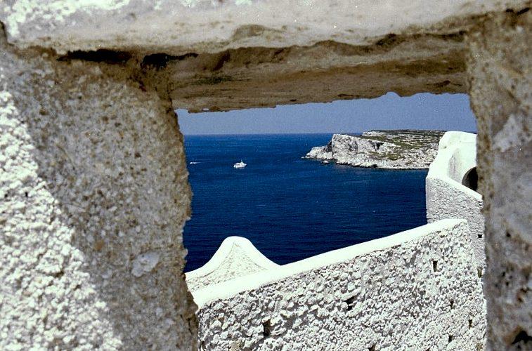 Le Isole Tremiti di fronte al Gargano, in provincia di Foggia (foto di Marco Lambruschi via Wikimedia Commons)