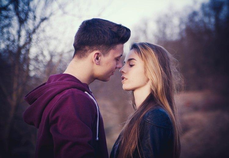 Come fai a sapere se una ragazza vuole collegare con voi