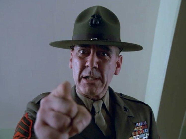 """Il tremendo Sergente Maggiore Hartman di """"Full Metal Jacket"""""""