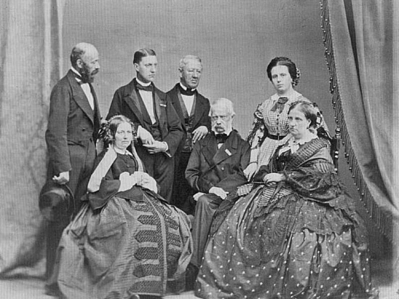 Leopoldo II con la sua corte