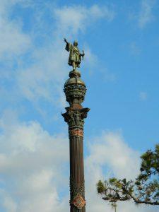 L'imponente statua di Cristoforo Colombo, una delle cose da vedere a Barcellona
