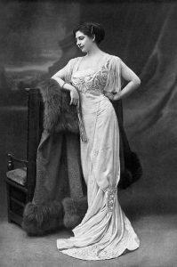 La letale Mata Hari, una delle donne più belle e pericolose a cavallo tra Ottocento e Novecento