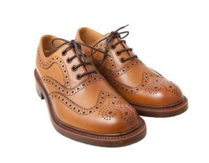 Delle Brogue – scarpe alla francesina molto particolari – realizzate da Loake