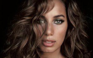 Leona Lewis, una delle più belle ragazze di colore della scena pop