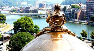 La Mosa a Namur, in Belgio