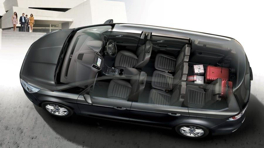 Gli interni della Ford Galaxy