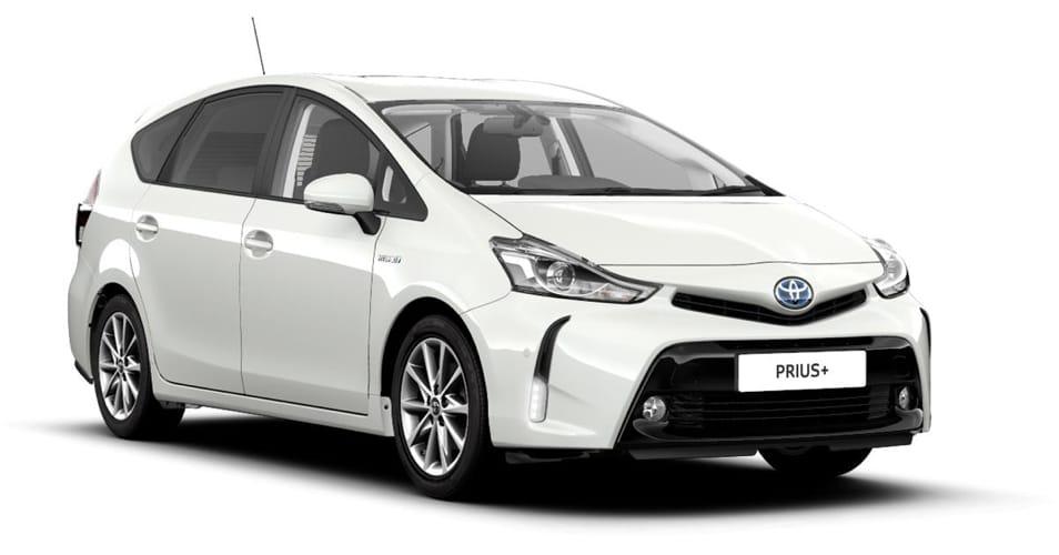 Una Toyota Prius+ bianca