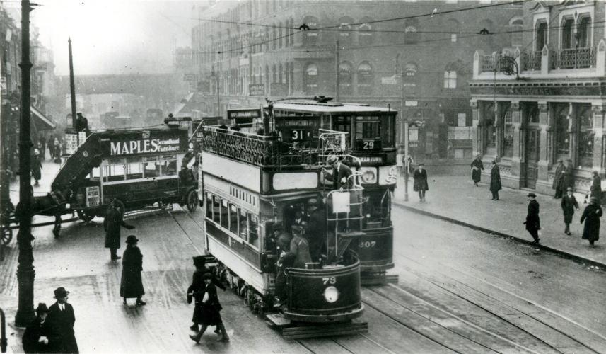 Londra, la capitale del modernismo inglese, nel 1922