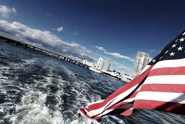 Miami in lontananza