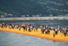 The Floating Piers, una delle più recenti opere di Christo e quella che l'ha fatto conoscere al grande pubblico in Italia