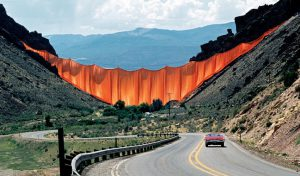 Valley Curtain, una delle prime opere importanti di Christo