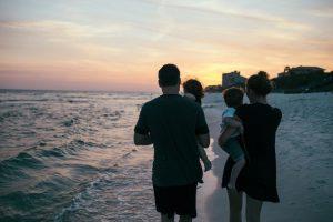 Il numero di figli per famiglia decresce costantemente da decenni