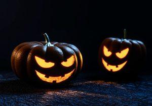 Le zucche illuminate ispirate alla leggenda di Jack-o'-lantern
