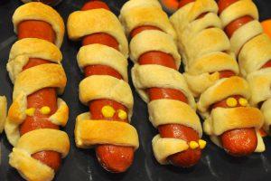 I würstel mummificati, bell'esempio di un'ottima ricetta salata per Halloween (foto di Scott McLeod via Flickr)
