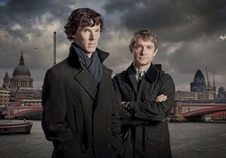 Sherlock e Watson con Londra sullo sfondo