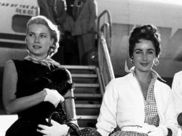 Grace Kelly ed Elizabeth Taylor nel 1954 all'aeroporto internazionale di New York