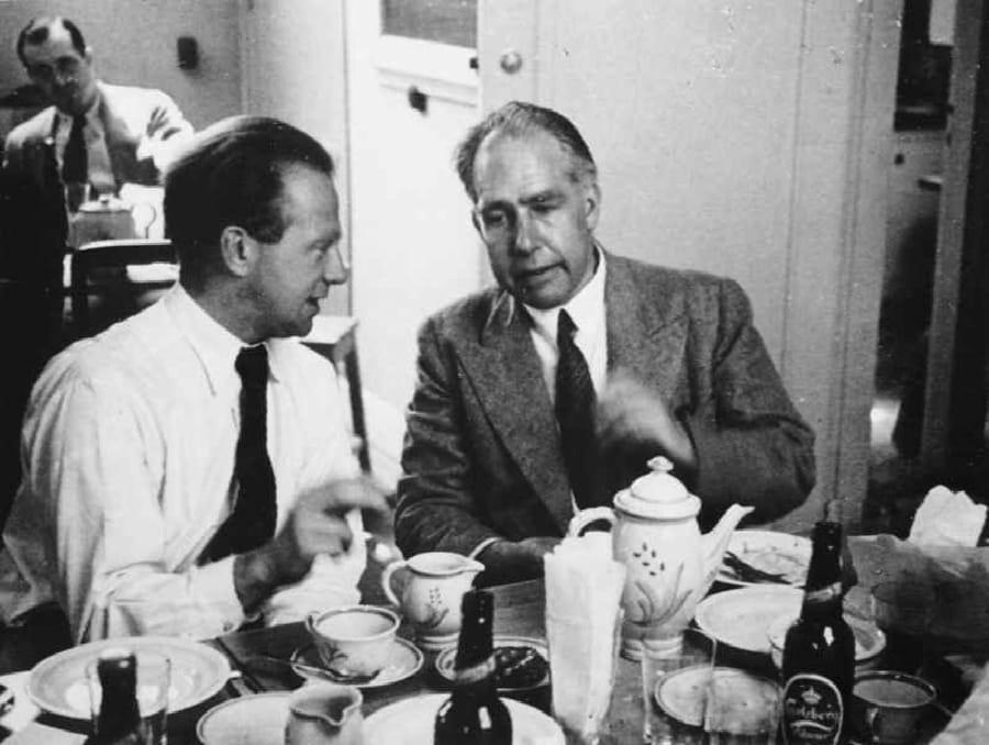 Heisenberg e Bohr nel 1934