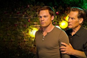 Harry Morgan consiglia il suo figlio adottivo Dexter