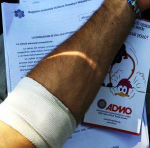 Registrarsi come donatori di midollo osseo è facile e importante