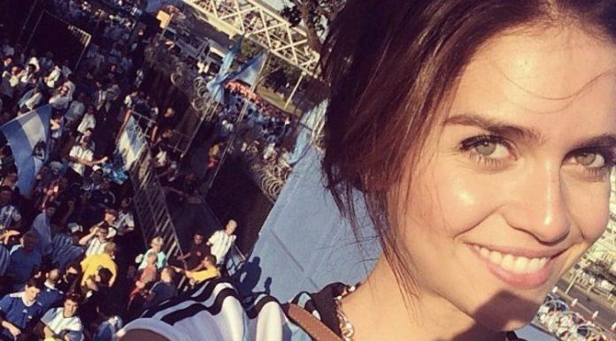 Zaira Nara, una delle più belle modelle argentine, durante una partita della sua Nazionale