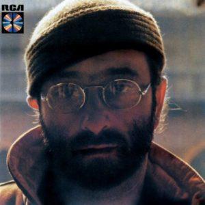 Il disco Lucio Dalla, in cui era contenuta anche la canzone L'ultima luna