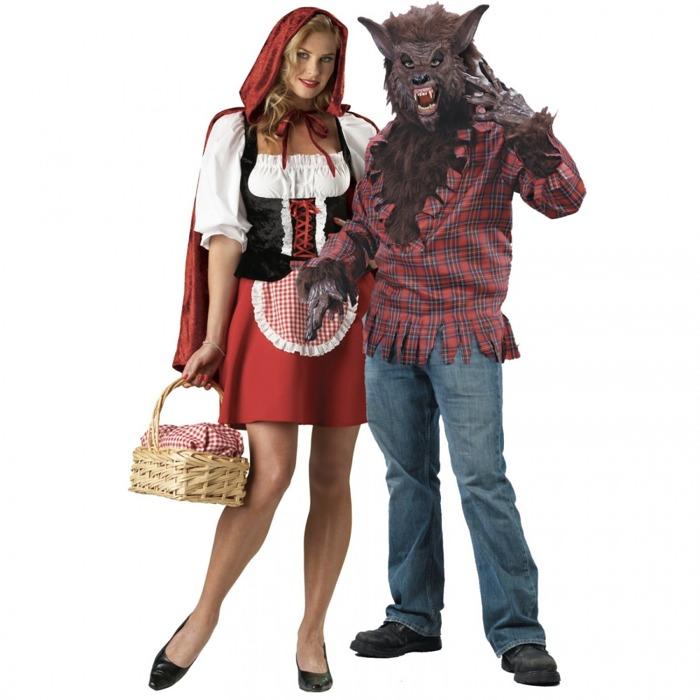 963a6e297a7d Farfalla e cacciatore o Cappuccetto Rosso e il lupo. Due costumi  tradizionali