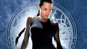 Angelina Jolie nei panni di Lara Croft in uno dei più celebri film tratti dai videogiochi