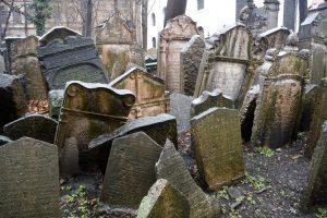 Il celebre cimitero ebraico di Praga