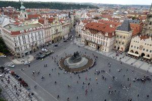 La Piazza della Città Vecchia di Praga vista dall'alto
