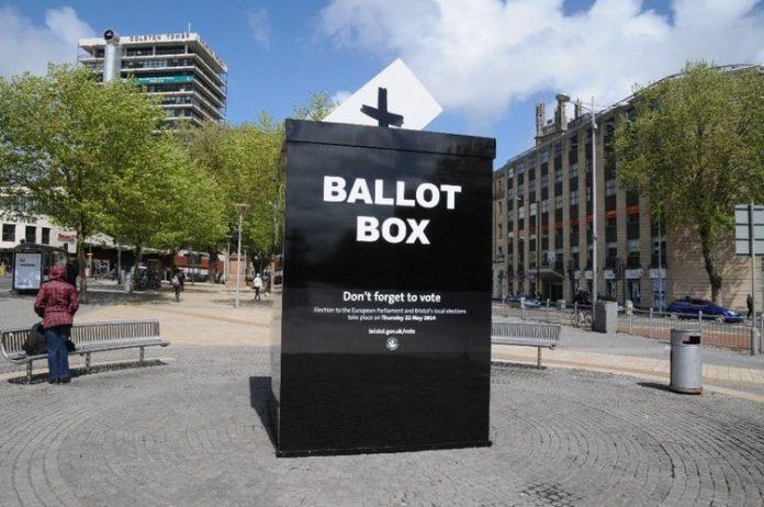 Alla scoperta dei principali partiti politici inglesi (foto di Philip Halling via Geograph)