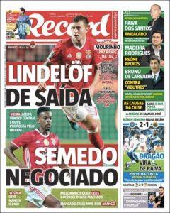 Una prima pagina di Record, importante testata sportiva