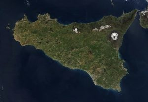 La Sicilia, la più grande isola d'Italia e di tutto il Mediterraneo
