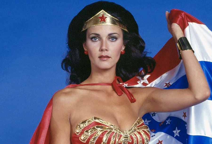 Lynda Carter nei panni di Wonder Woman
