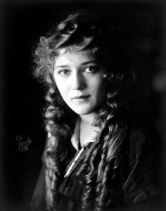 Mary Pickford, star del cinema muto