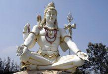 Una statua di Shiva, una delle più importanti divinità induiste, a Bijapur, nel sud dell'India