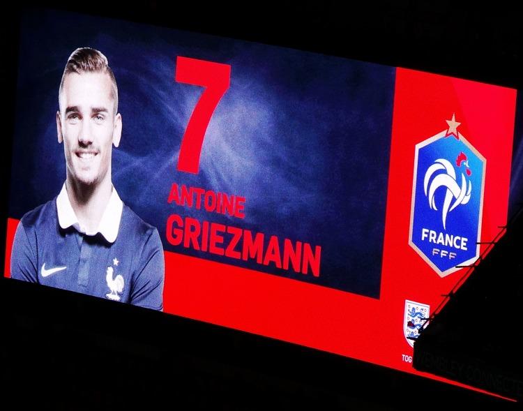 Antoine Griezmann, di origini portoghesi, in una partita con la nazionale francese (foto di Ben Sutherland via Flickr)
