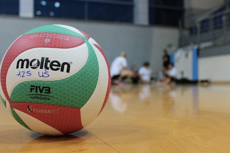 Quanto dev'essere grande il pallone ed altre regole della pallavolo
