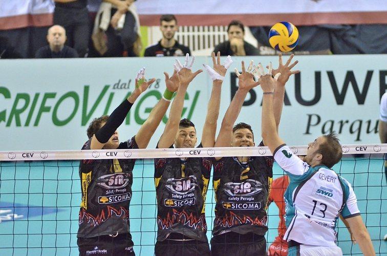 Quanti tocchi si possono fare in un'azione di volley?
