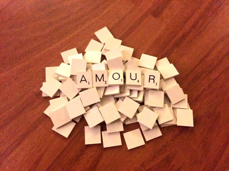 I messaggi per le storie d'amore a distanza