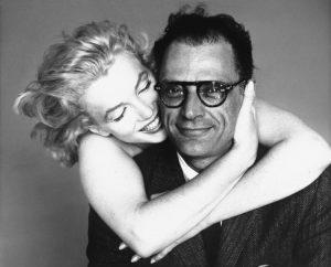 Richard Avedon con Marilyn Monroe, da lui più volte ritratta