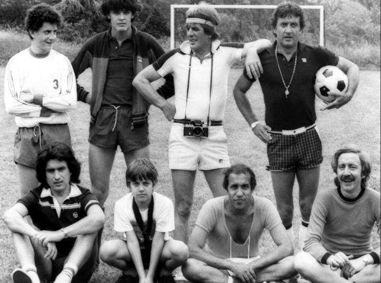 Adriano Celentano con Toto Cutugno ed altri amici nel 1982