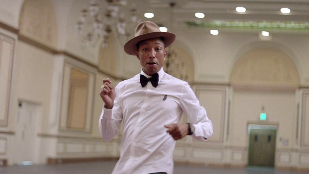 Pharrell Williams nel video di Happy