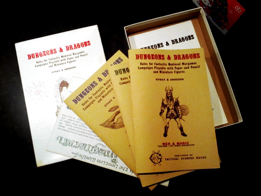 Un raro set di Dungeons & Dragons del 1974 di proprietà dello scrittore Cory Doctorow
