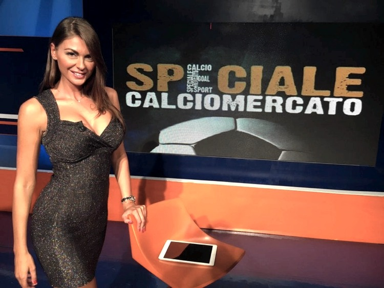 Jolanda De Rienzo e le altre giornaliste di Sportitalia