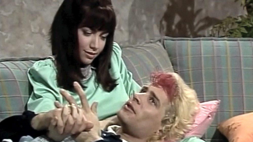 Pasquale Finicelli in una scena con Cristina D'Avena