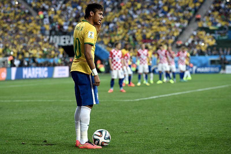 Neymar in Nazionale nel 2014 (foto di Marcello Casal Jr/Agência Brasil)