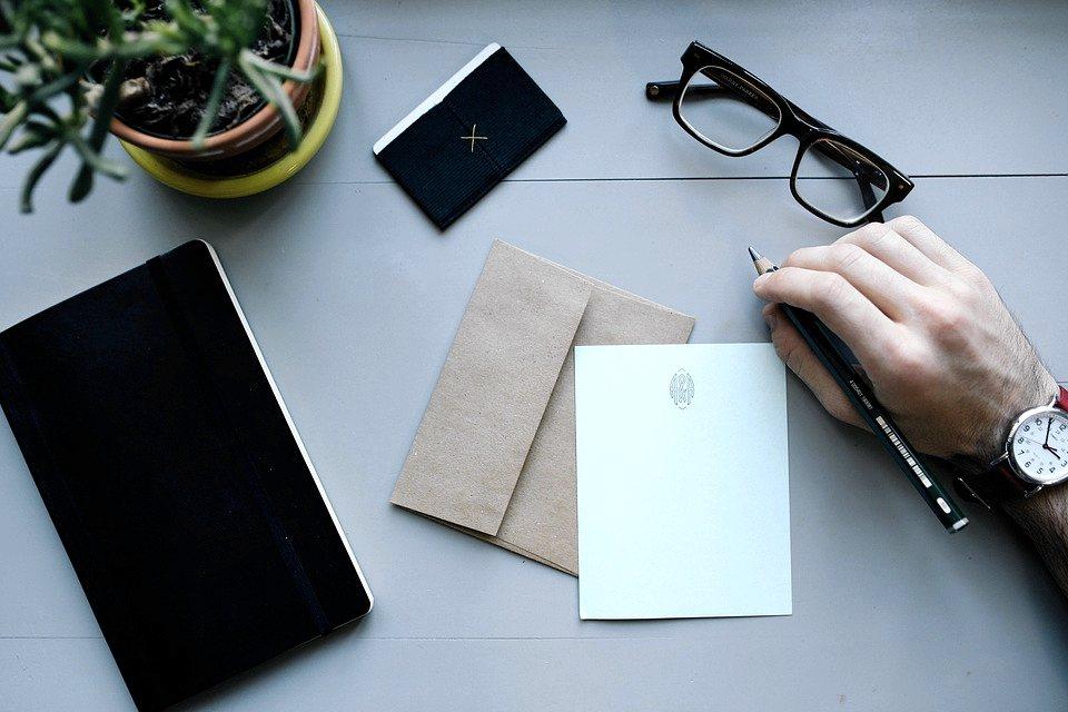 Scriverle una lettera, ma in modo originale